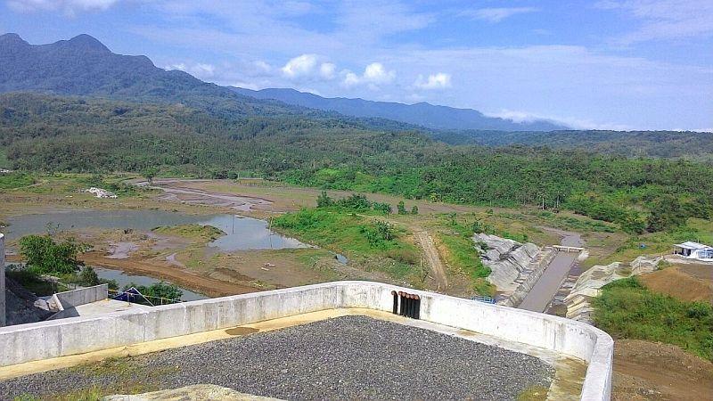 https: img.okeinfo.net content 2020 05 28 320 2220921 bendungan-meninting-tambah-pasokan-air-irigasi-di-pulau-lombok-U76LoGPtL5.jpg