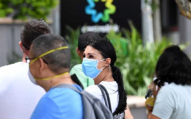 https: img.okeinfo.net content 2020 05 29 320 2221471 pns-di-negara-ini-tak-naik-gaji-selama-12-bulan-akibat-pandemi-covid-19-l7uDKWWCzG.jpg