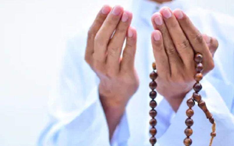 https: img.okeinfo.net content 2020 05 29 616 2221424 tanda-tanda-diterimanya-puasa-ramadhan-gUESQqQFUZ.jpg