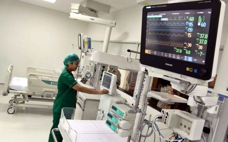 https: img.okeinfo.net content 2020 05 30 481 2221966 new-normal-pasien-rawat-inap-di-rumah-sakit-wajib-rapid-test-6yuH1QpRct.jpg