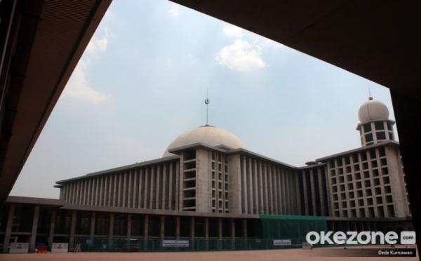 https: img.okeinfo.net content 2020 05 31 614 2222560 aturan-lengkap-kegiatan-di-masjid-selama-penerapan-new-normal-l1rAQ6CLqj.jpg