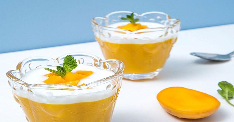 https: img.okeinfo.net content 2020 06 02 298 2223513 resep-puding-mangga-lapis-yoghurt-segar-di-udara-panas-Vm32ZwLNkZ.jpg