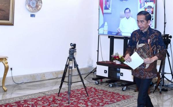 https: img.okeinfo.net content 2020 06 03 320 2223758 presiden-jokowi-pemulihan-ekonomi-nasional-penting-cegah-phk-4WtCGYqdN1.jpg