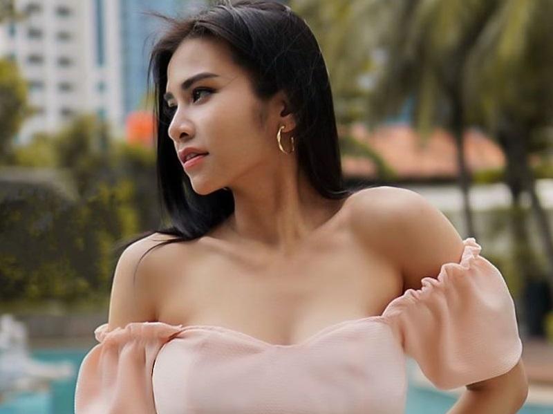 https: img.okeinfo.net content 2020 06 13 194 2229277 intip-pesona-maria-vania-yang-bikin-pria-terpana-sweet-like-candy-T62QdMAwuz.jpg