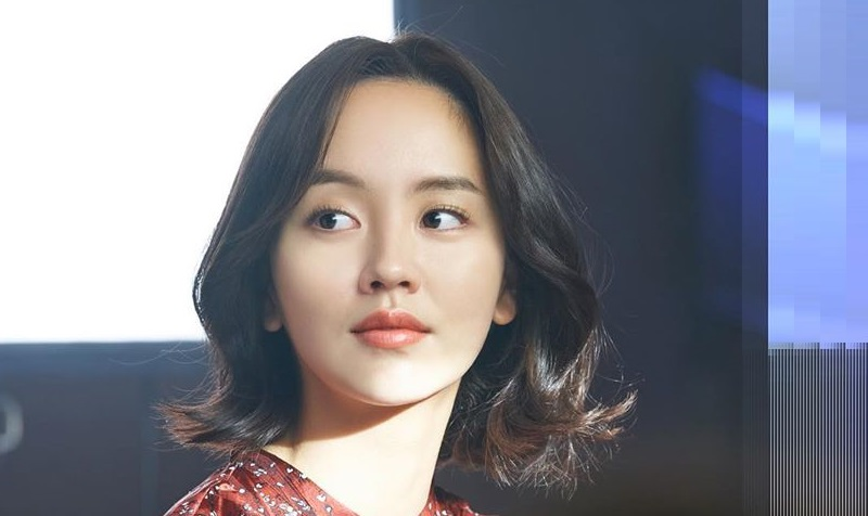 https: img.okeinfo.net content 2020 06 26 194 2237026 potret-cantik-kim-so-hyun-pemeran-utama-love-alarm-2-imW4cBapcZ.jpg