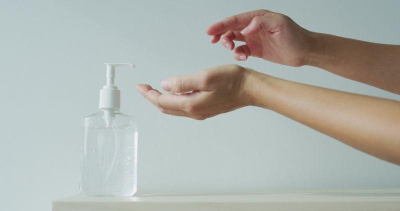 https: img.okeinfo.net content 2020 06 26 481 2237149 diy-skincare-jadi-hand-sanitizer-murah-LcmEQ6lXQ4.jpg