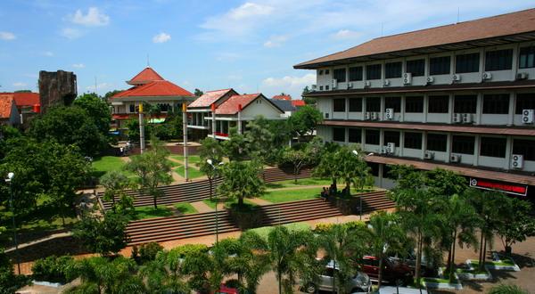 https: img.okeinfo.net content 2020 06 27 1 2237530 keunggulan-universitas-gunadarma-sebagai-universitas-swasta-terbaik-di-indonesia-XCKhj3XlIt.jpg