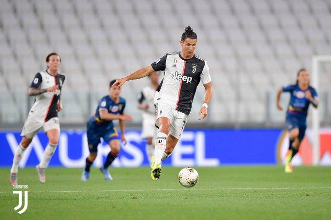 https: img.okeinfo.net content 2020 06 27 47 2237207 juventus-vs-lecce-cristiano-ronaldo-jadi-bintang-kemenangan-4-0-bianconeri-FTqlg1RS2v.jpg
