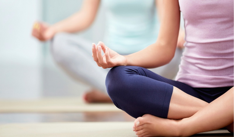 https: img.okeinfo.net content 2020 06 28 481 2237772 mau-ikut-kelas-yoga-dan-pilates-lagi-simak-sederet-syaratnya-onTCyeQgbo.jpg