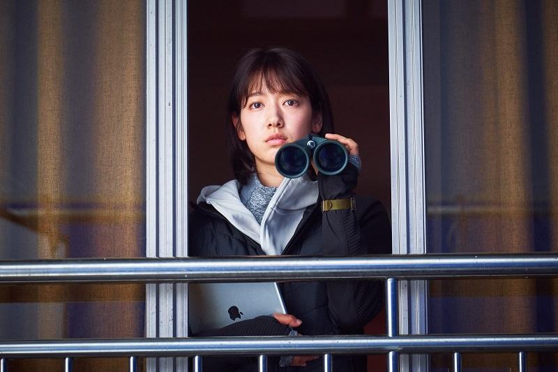 https: img.okeinfo.net content 2020 06 29 206 2237879 film-zombie-yoo-ah-in-dan-park-shin-hye-tembus-1-juta-penonton-aVl1mfflrN.jpg