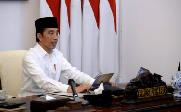 https: img.okeinfo.net content 2020 06 30 337 2238632 kunjungi-jateng-presiden-jokowi-ancaman-covid-19-masih-tinggi-I1TT61bLBW.jpg