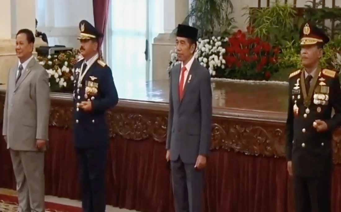 https: img.okeinfo.net content 2020 07 01 337 2239335 saat-kapolri-ajak-presiden-jokowi-sapa-6-kapolres-di-hut-bhayangkara-Mgdn3mixVH.jpg