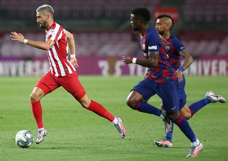 https: img.okeinfo.net content 2020 07 01 46 2239340 barcelona-vs-atletico-madrid-carrasco-tak-puas-dengan-skor-2-2-DWHJ1KMUNP.jpg