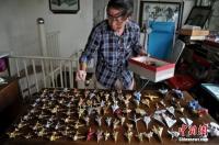Kakek di China Buat 10 Ribu Pesawat Kertas