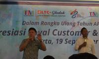 Teknologi Berkembang Pesat, Pedagang di LTC Glodok Mulai Rambah Bisnis <i>Online</i>