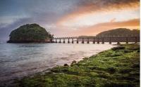 TAHUN BARU ISLAM: Stonehenge Cangkringan hingga Pantai Jembatan Panjang, Rekomendasi Tempat Liburan di Awal Tahun Hijriah