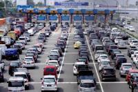 YLKI: <i>Volume Traffic</i> sangat <i>Crowded</i> Bikin <i>E-Toll</i> Tidak Efektif Atasi Macet