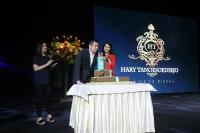ULANG TAHUN HARY TANOESOEDIBJO: Ini Tampilan Kue Ulang Tahun Hary Tanoe yang Penuh Makna