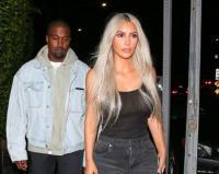 <i>Cheating Day</i>, Kim Kardashian Santap Pasta Favoritnya Bersama Suami Tercinta