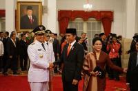 Presiden Jokowi Akan Libatkan Anies-Sandi Terkait Pembahasan MRT dan LRT