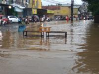 Diguyur Hujan Deras, Ternyata Ini <i>Lho</i> Penyebab Utama Banjir Landa Sejumlah Wilayah di Tangsel