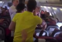 Ada-Ada Saja! Gara-Gara Mabuk di Pesawat, Pria Ini Pukul Penumpang Wanita