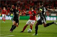 Man United Tampil Bertahan, Benfica Kesulitan Cetak Gol di Babak Pertama