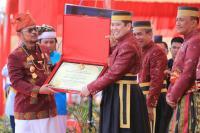 Dianugerahi Gelar Warga Kehormatan, Hary Tanoe Berharap Sulsel Jadi Lokomotif Pembangunan Indonesia Bagian Timur