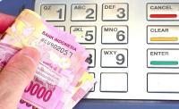 Akhirnya! Taklukan Dolar AS, Rupiah Menguat Tipis ke Rp13.513/USD