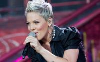 Ditolak Mary J. Blige untuk Berkolaborasi, Pink: Aku Mencintaimu Mary