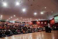 Beri Kuliah Umum ke Ribuan Mahasiswa UNM, Hary Tanoe: Terapkan Visi, Kualitas dan Kecepatan