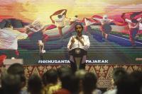Awali Kunker ke NTB, Jokowi Serahkan 5.750 Sertifikat Tanah