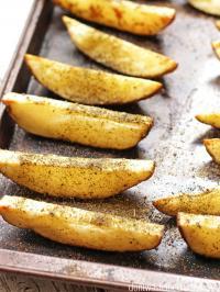 RESEP NENEK: Mau Bikin Camilan Gurih Mantap? Masak Martabak Telur Mini dan Crispy Potato Wedges Saja
