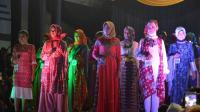 Warna Pastel Perkaya Koleksi Batik Jambi Meriahkan Jakarta Fashion Week 2018