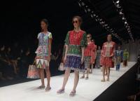<i>Origindiversity</i>, saat Modern Urban Bertemu Budaya Jawa Tradisional Indonesia di Panggung Jakarta Fashion Week 2018