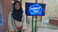 Tempa Mental! Peserta Street Audition Grab Indonesian Idol 2017 Berlatih Manggung Sambil Tunggu Giliran