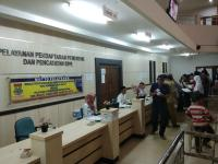 Rayakan Hari Santri, Aparatur Sipil di Tangerang Kompak Kenakan Sarung ke Kantor