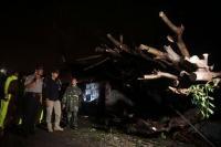 Gedung Sekolah Dihantam Puting Beliung, Siswa di Sidoarjo Terpaksa Diliburkan