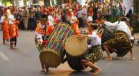 Uniknya Tradisi Kawin Culik Calon Pengantin di Lombok