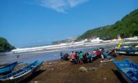 Waspada, Siklon Tropis Dahlia Terpantau di Sekitaran Perairan Jatim