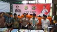 Ungkap Sindikat Pemalsuan STNK dan BPKB, Polda Metro Tangkap 7 Pelaku