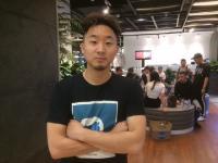 Andrew Fung, <i>Youtuber</i> Amerika Gambarkan Indonesia dalam 3 Kata Ini