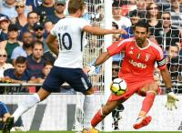 Buffon Antusias Jumpa Kane di 16 Besar Liga Champions 2017-2018