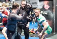 McGregor Kembali Berlatih Sambil Kenakan Jersey Celtic