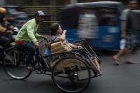 Puluhan Pengayuh Becak di Indramayu Bersiap Hijrah ke Jakarta