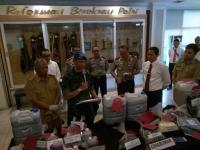 Polda Jabar Periksa 3 Perusahaan Pencucian Tekstil karena Diduga Cemarkan Sungai Citarum