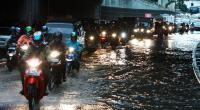 Performa Motor Bisa Terganggu Usai Kena Hujan, Ini Tips Mengatasinya