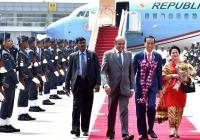 Tiba di Sri Lanka, Presiden Jokowi Diberi Daun Sirih