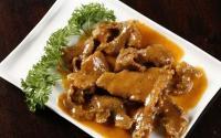 Lagi Belajar Bikin Chinese Food? Jajal Tenderloin ala Mongolia Langsung dari Chefnya