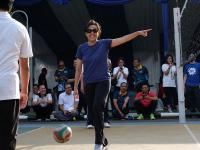 Gaya Sporty Sri Mulyani saat Olahraga